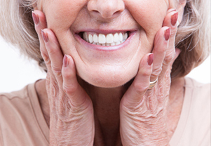 How Long is Too Long to Wear Dentures Each Day?